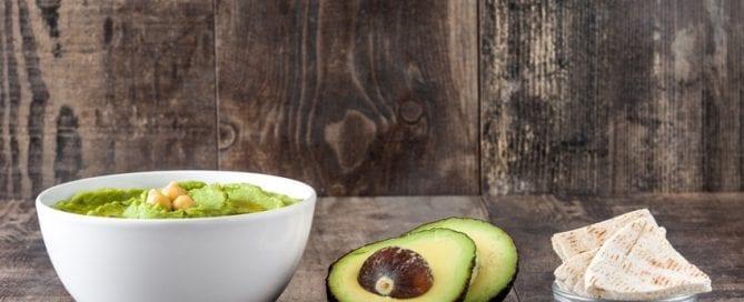 Grüner Linsen-Dip Alternative zu Guacamole und Hummus